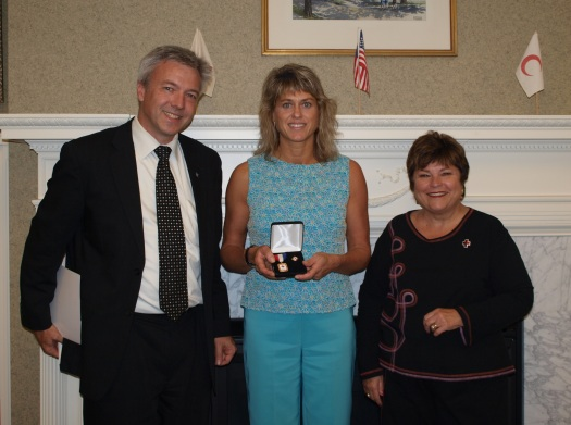 AnneMarie Receives COM Award
