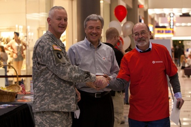 Holiday Mail for Heroes card signing event at the Mall of America, Bloomington, MN, November 2012.