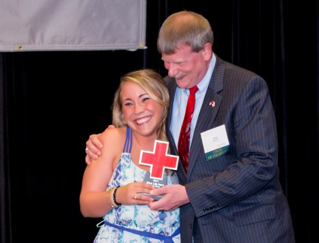 Give Life Hero Kate Ross (l) with Red Cross board member Tom Meyer. Photo credit: Andy King