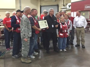 The Minnesota National Guard presented a certificate following the Vigilant Guard disaster response exercise in Duluth, Minn., August 2015. Photo credit: Joan Thompson.